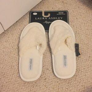 New white slippers